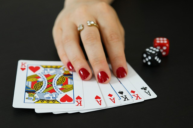 Texas Holdem Poker – Learn How To Play It With Perfection!